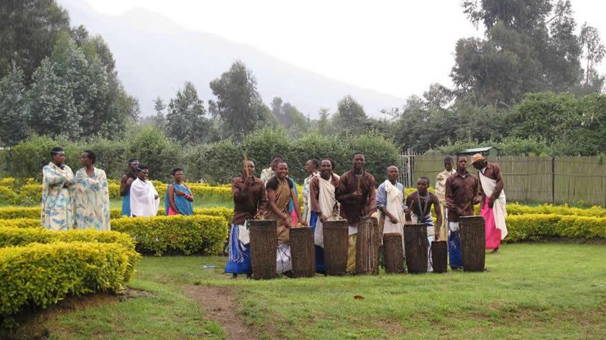 volcanoes rwanda cultrue